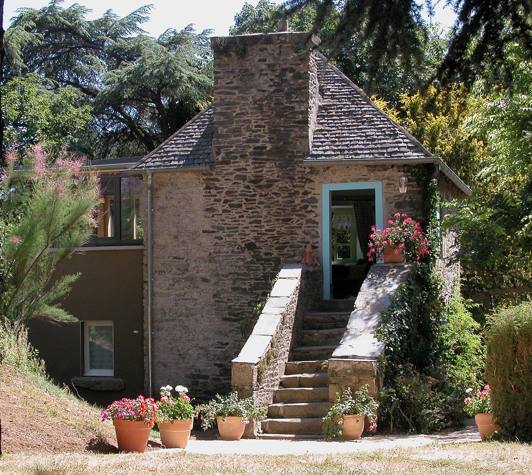 la maison du jardinier manoir de coat amour. Black Bedroom Furniture Sets. Home Design Ideas